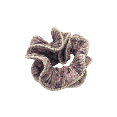 BY STÆR Lilje Scrunchie - Rosa med blomster